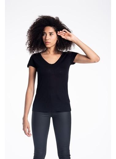 Tiffany&Tomato V Yaka T-Shirt Siyah